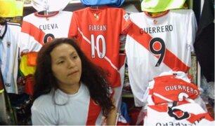 Comerciantes de Gamarra felices con ventas de camisetas de la Selección Peruana