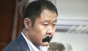 Kenji Fujimori es notificado por nuevo proceso disciplinario en su partido y se burla de ello