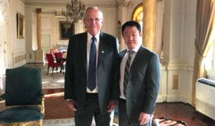 Kenji Fujimori visitó Palacio tras 18 años para juramentación de nuevo gabinete