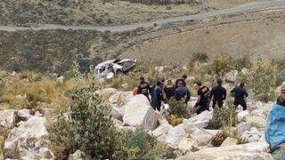 Tragedia en Carhuaz: al menos 10 muertos deja caída de combi al abismo