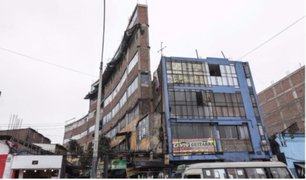 Centro de Lima: edificio es un peligro en caso de sismo por irresponsable construcción