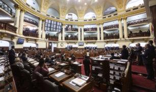 Reacciones tras resultados de encuestadora GFK sobre disolución del Congreso