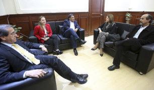 Premier Aráoz asegura que recibió sugerencias valiosas durante reunión con el Apra