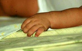 Mujer asesinó a su bebé de 11 meses y luego intenta quitarse la vida