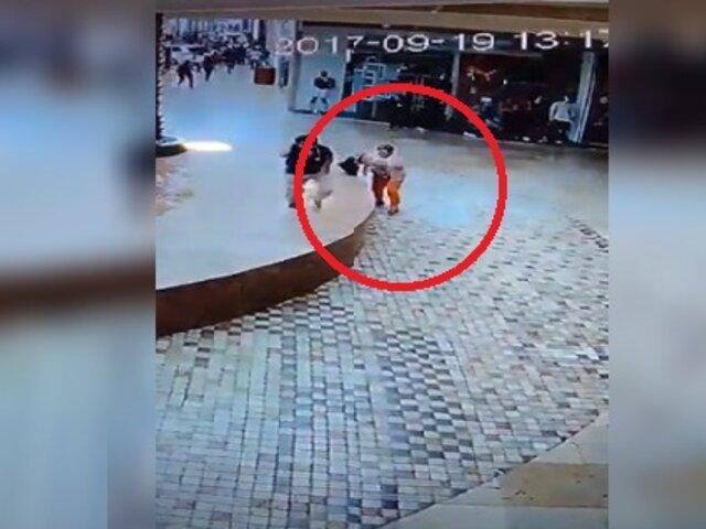Mujer estuvo a punto de morir aplastada por vidrio durante terremoto en México