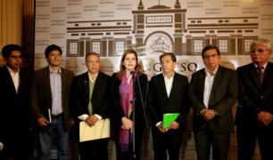 Premier Araóz se reunió con bancadas de APP, AP y FA en busca del voto de confianza