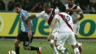 Omar Ruíz y Ricardo Montoya se enfrentan ante posible marca personal a Messi