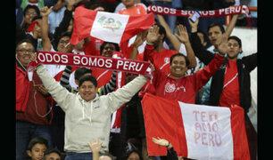 Perú vs. Francia: hinchas peruanos caminan rumbo a estadio de Ekaterimburgo