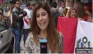 Periodista argentina cubre euforia de la hinchada peruana en barrio de Buenos Aires