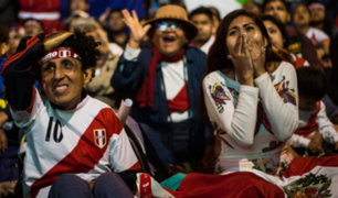 Hinchas peruanos compraron entradas falsas para el Perú vs. Argentina en La Bombonera