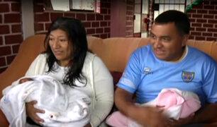 Mujer de 50 años da a luz a gemelos