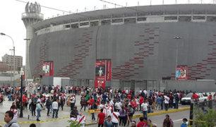 Perú vs Colombia: cientos de hinchas ya forman cola en el Estadio Nacional