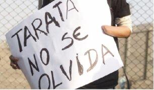 Familiares de víctimas de terrorismo protestan por salida de Martha Huatay