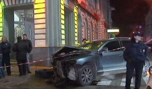 Ucrania: auto embiste a multitud y deja al menos seis muertos