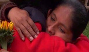 Feliz reencuentro: Norma abraza a su padre después de 35 años