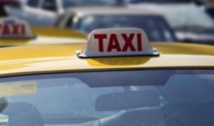 Liberan a sujeto que desfiguró a taxista que protegió a mujer