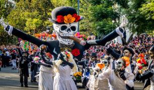 ¿Cómo celebran el 'Día de los muertos' en otros países?