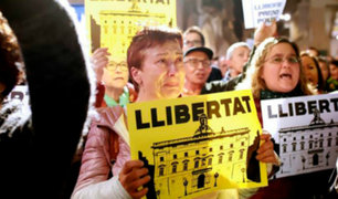 """España: miles protestan en Cataluña por la liberación de los """"presos políticos"""""""
