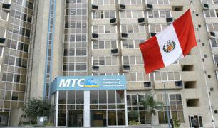 Trabajadores tomaron sede del MTC para exigir mejoras salariales
