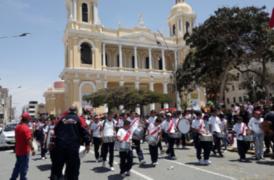 Perú vs Nueva Zelanda: así se viven las previas del partido en el interior del país