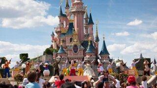 Alerta máxima en Disneyland por brote de una extraña bacteria