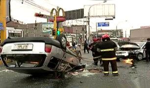 San Miguel: aparatoso accidente de tránsito deja tres personas heridas