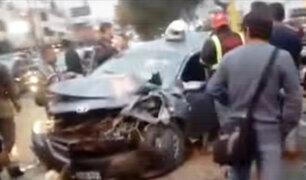 Surco: cuádruple choque deja una persona fallecida y varios heridos