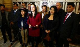 Glave presenta proyecto de ley para que padres elijan orden de apellidos de sus hijos