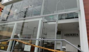 Surquillo: policías investigan robo a local de arquitectura