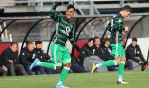 Peruanos en el extranjero: Renato Tapia anotó en goleada 7-0 del Feyenoord
