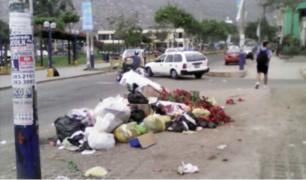VMT: calles llenas de basura tras detención de alcalde