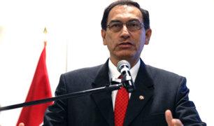 """Martín Vizcarra anuncia que regresa al Perú y se pondrá """"a disposición del país"""""""
