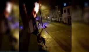 Miraflores: sujeto incendia su casa porque no lo dejaron entrar