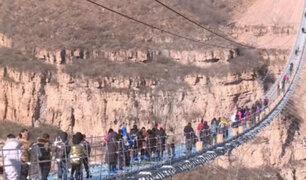 China: inauguran el puente de cristal más largo del mundo
