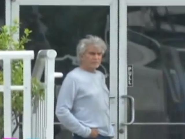 José Luis Rodríguez 'El Puma' camina y habla con fluidez