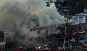 EEUU: voraz incendio se registra en edificio en el Bronx