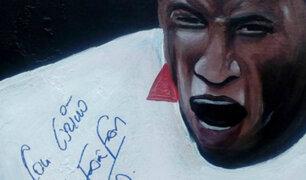 Rinden homenaje a Jefferson Farfán con mural en el Callao