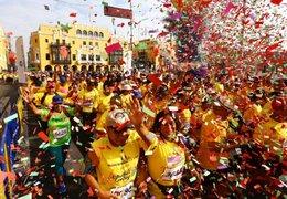 """Miles de personas participan en la maratón """"Lima corre con el Papa"""""""