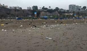 Playa Agua Dulce: vecinos indignados por presencia de basura