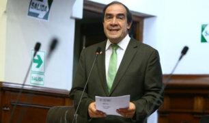 Yonhy Lescano en desacuerdo con compra de televisores y frigobares en Congreso