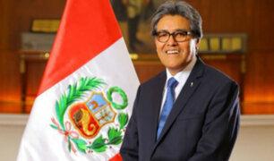 """Nuevo ministro de Salud Abel Salinas: """"la salud no debe tener bandera ni color político"""""""