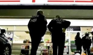 EEUU: agentes de inmigración buscan indocumentados en cadenas de tiendas