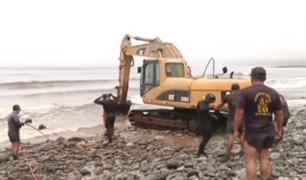 Municipio de Barranco y La Marina de Guerra retiran pilotes de playa