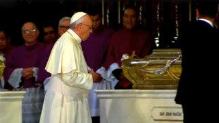 Papa realizó diversas actividades en la Plaza de Armas