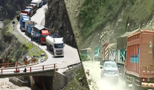 Tarma: deslizamientos de tierra y piedras bloquean carreteras