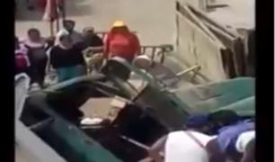 Santa Eulalia: volquete cae sobre vivienda y deja a chofer herido