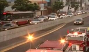 Atención conductores: caos vehicular por cuádruple choque en la avenida Javier Prado