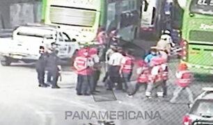 Caos en Fiori: los buses se adueñan de una vía aledaña en San Martín de Porres