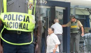 Policías volverán a custodiar agencias bancarias ante ola de asaltos