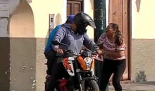 Surco: piden prohibir que dos varones circulen en moto